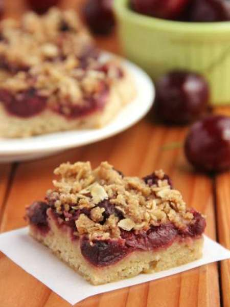 100 Cherry Crumble Bars