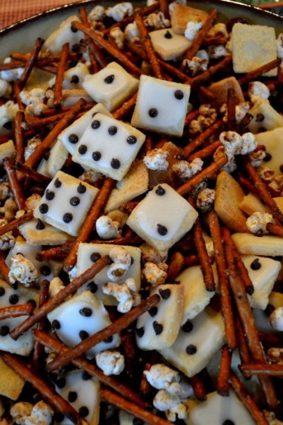 dice snack mix