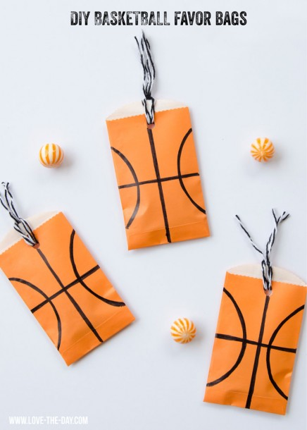 DIY-Basketball-Favors