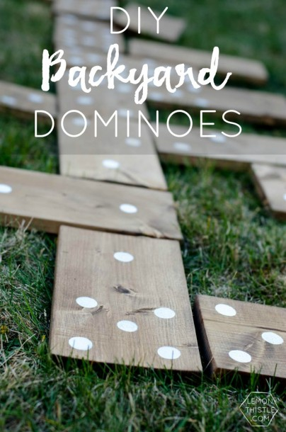 yard dominos