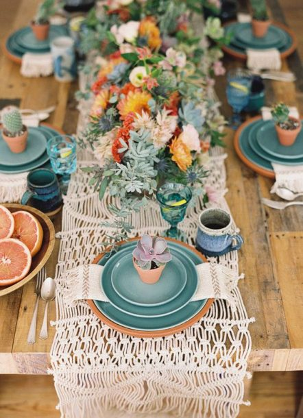 brunch table setting