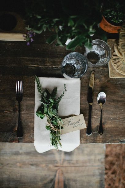 french farm table setting