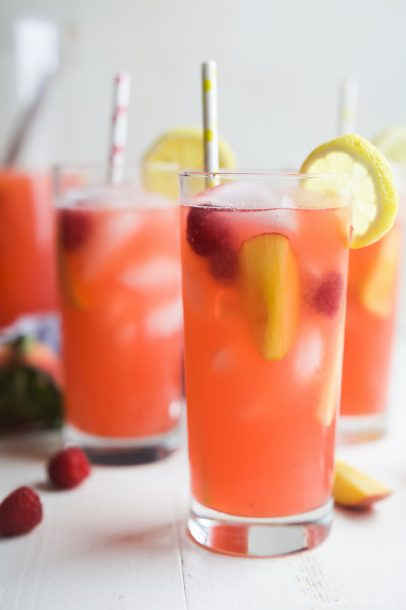 Homemade-Raspberry-Peach-Lemonade-Recipe-web-4