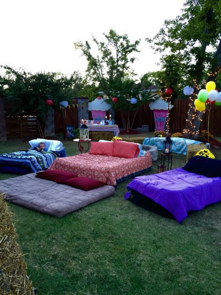 What you need for an outdoor movie night for Indoor gardening documentary